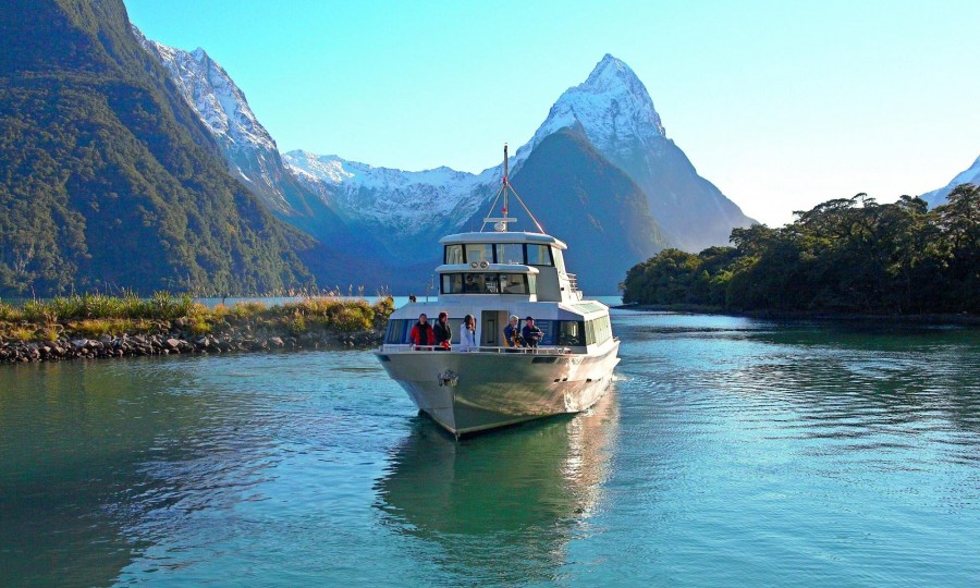 Mitre Peak Cruises 1 for Fland Tours
